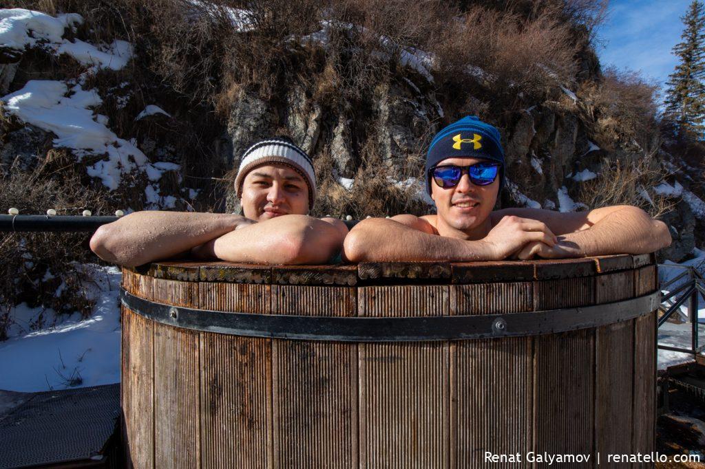 Gorelnik Hot Springs. Горячий источник Горельник.
