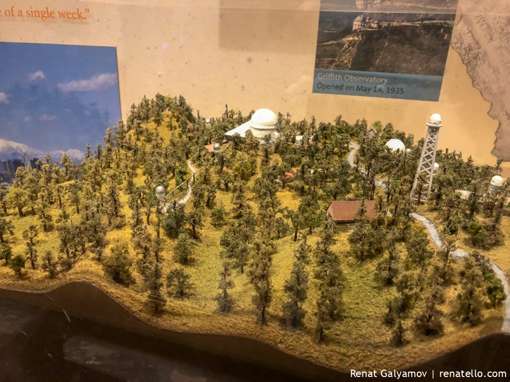 A model showing the Griffith Observatory.